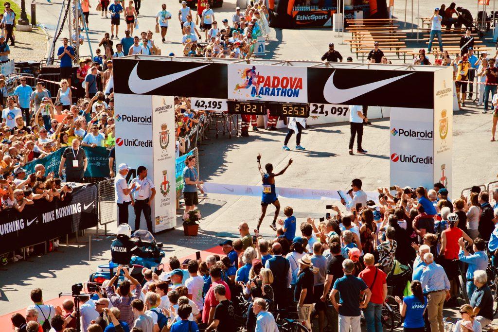 Half Marathon 1024x683 - Half Marathon Training Top 6 Tips