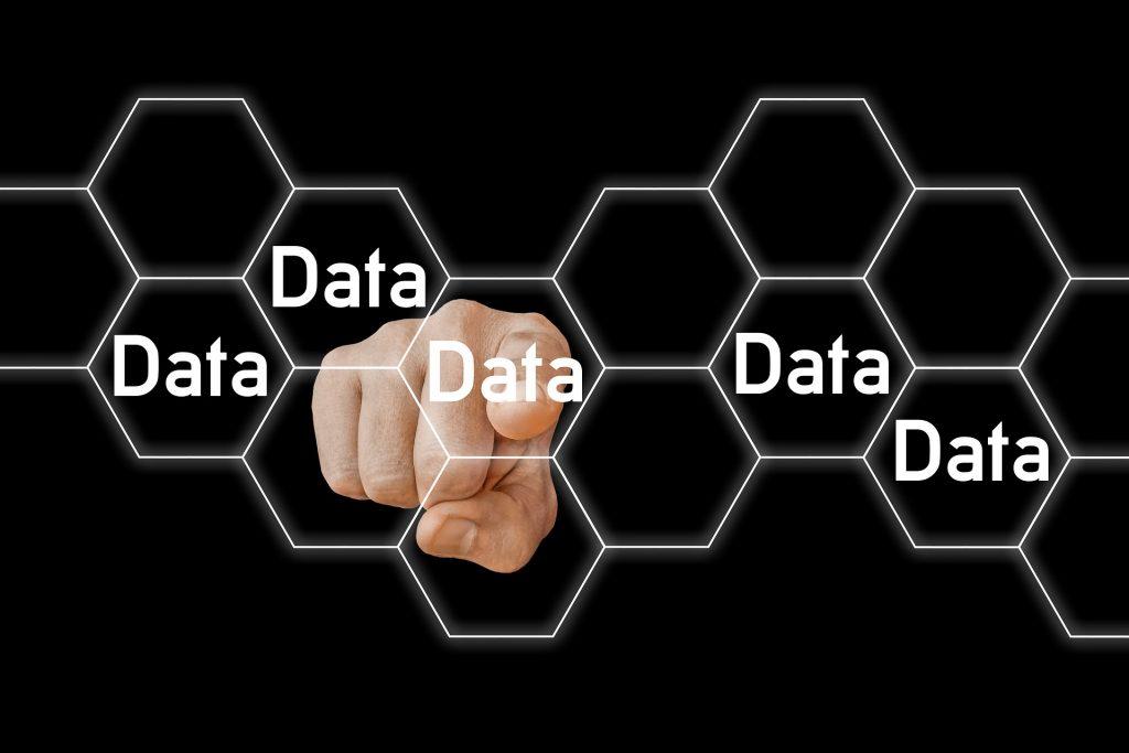 DataBase 1024x683 - MongoDB and Hadoop Databases