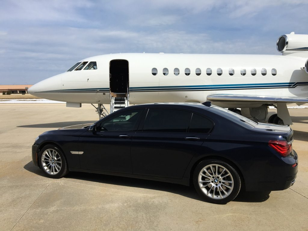 Traveling by private jet 1024x768 - 7 Factors Choosing a Private Jet Charter