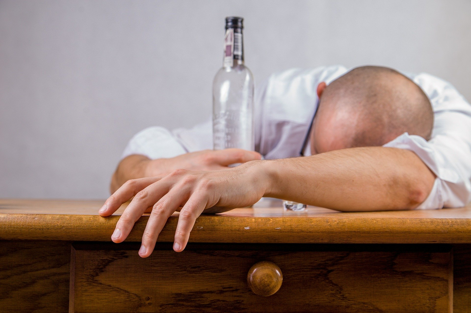 Signs of a Functioning Alcoholic