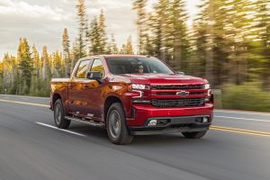 2020 Chevrolet Silverado Diesel 096 300x200 - Chevrolet's 2020 Silverado is a road trippers best friend