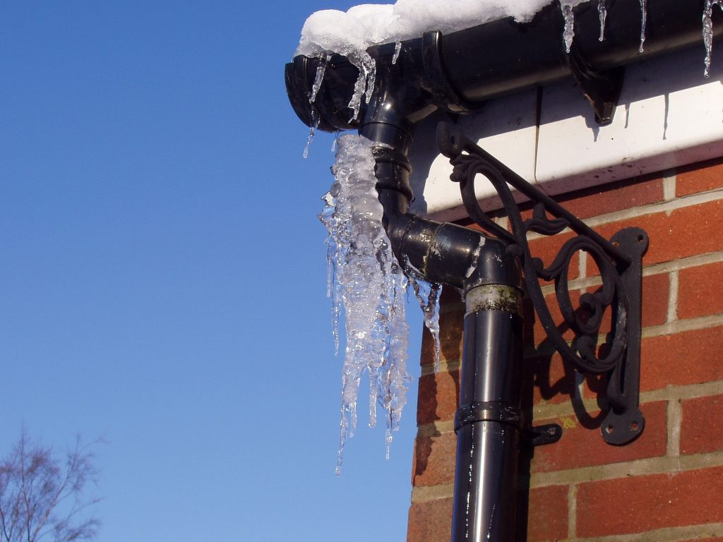 Ice Dams 1024x768 - Avoid These 3 Household Emergencies in the Winter