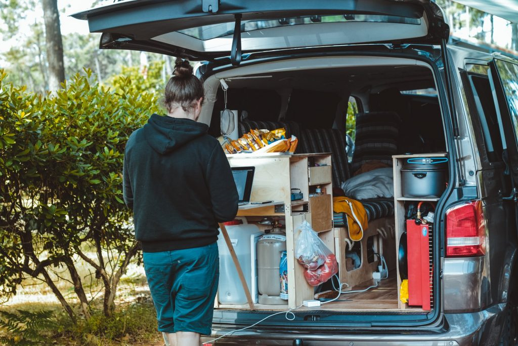 brina blum LUfmqLfEAoE unsplash 1024x683 - Why Leasing Vans Is A Smart Business Move