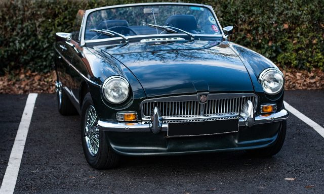 A classy ride-guide: the MG MGB
