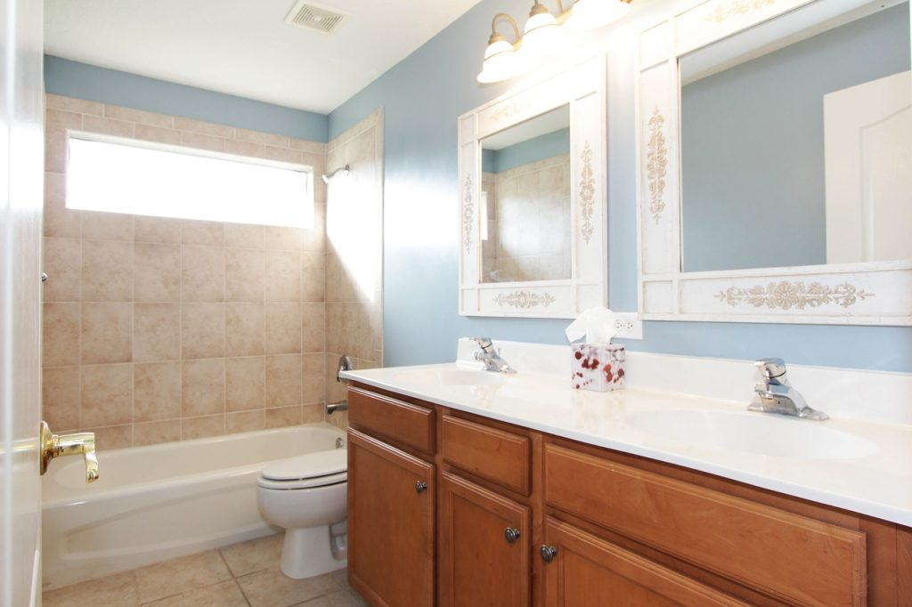 bathroom 2364030 1280 1024x682 - How to Remodel Your Bathroom without Spending a Fortune