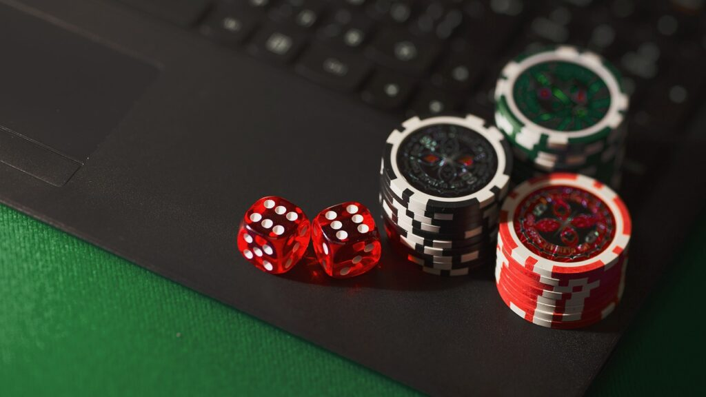 dice 5012425 1280 1024x576 - Is Picking Gambling as An Extra Source of Income A Bad Idea?