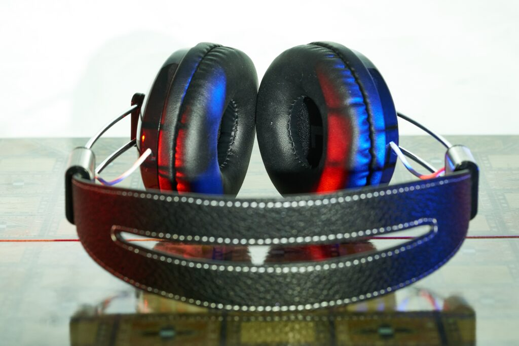 illuminated headphones 1024x683 - Online Slots and Their Innovative Characteristics