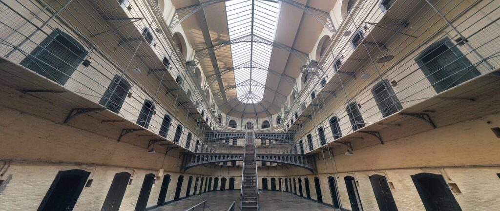 jail 1817900 1280 1024x433 - Know the Consequences of Repeat Drug Offenses