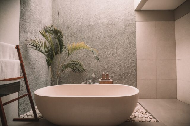Modern Bathroom Design: What You Have To Know About The Freestanding Bath