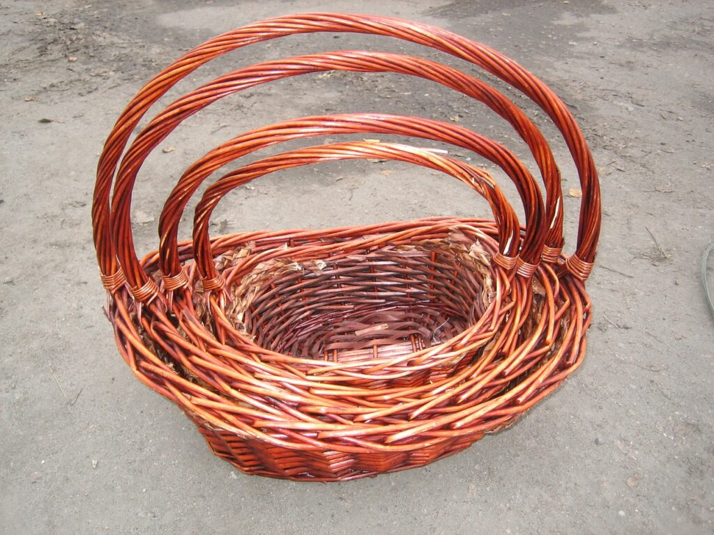basket 216544 1280 1024x768 - How Do You Make A Gift Basket Look Expensive?