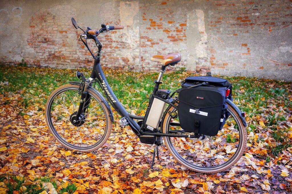 bike 5351517 1280 1024x682 - 10 Tips to Follow When Buying a Folding Electric Bike