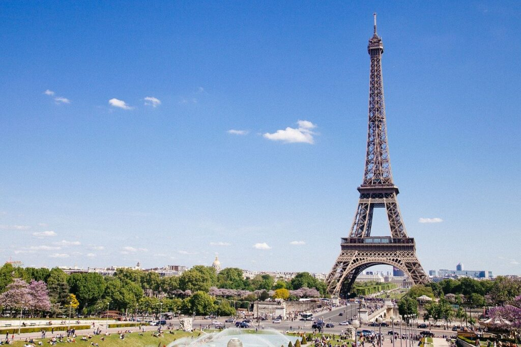 eiffel tower 768501 1280 1024x682 - How Has the Tourism Industry Been Affected by Covid-19?