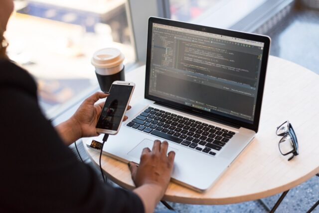 Main Reasons why you should Hire Mobile App Development Company