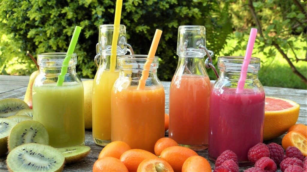 smoothies 2253430 1280 1024x575 - 5 Comfort Food You May Eat After Dental Implant