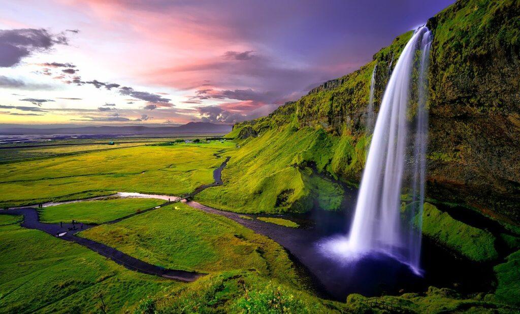 seljalandsfoss 1751463 1280 1024x619 - 8 Free Stopover Destinations to Maximize Your Vacation