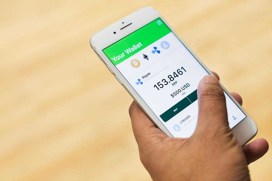buying cryptocurrency ripple on phone - Top Cryptocurrencies That Are Giving a Tough Competition to the Bitcoin!