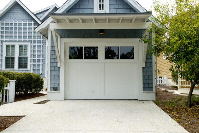 Warning Signs to Note That Your Garage Door Needs Repair