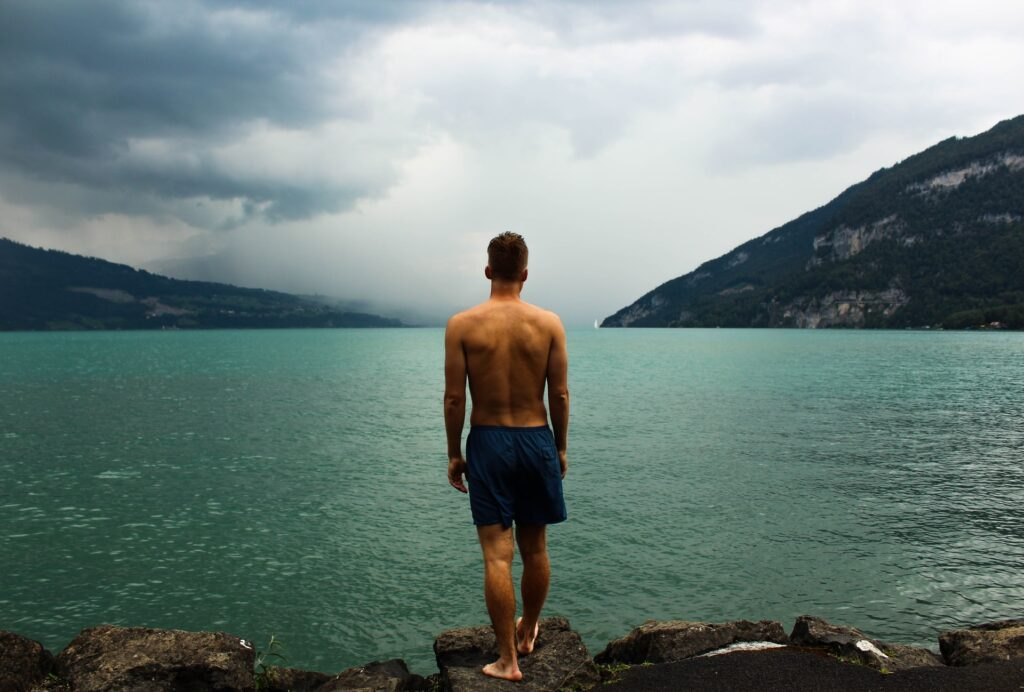 william ferguson  guPle5ENIs unsplash 1024x692 - 5 Cool and Dashing Swim Outfits for Men