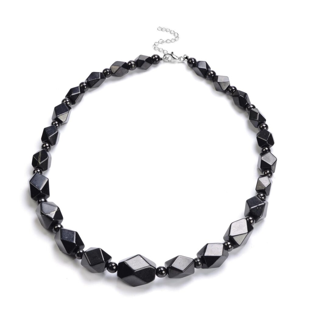 Beaded Necklace 1024x1024 - Necklaces to Match with Elegant Dresses for the Perfect 2021 Dinner Date