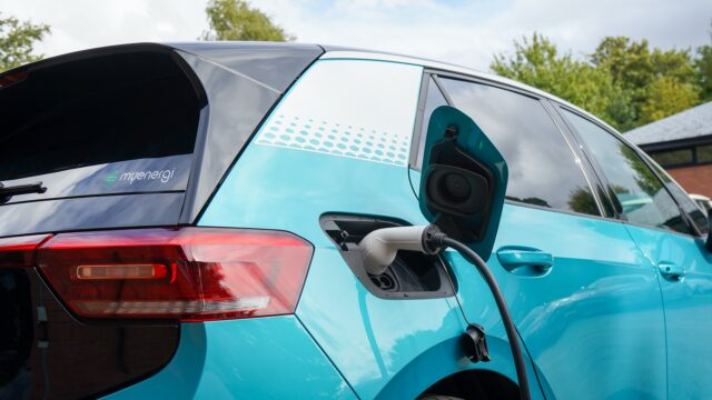 Considerations to Follow While Choosing an Electric Vehicle
