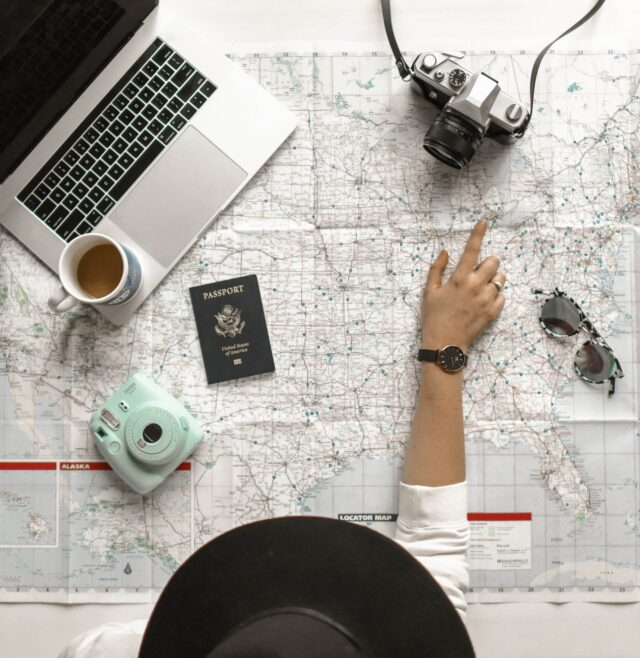 How To Start a Travel Blog and Make a Living from it