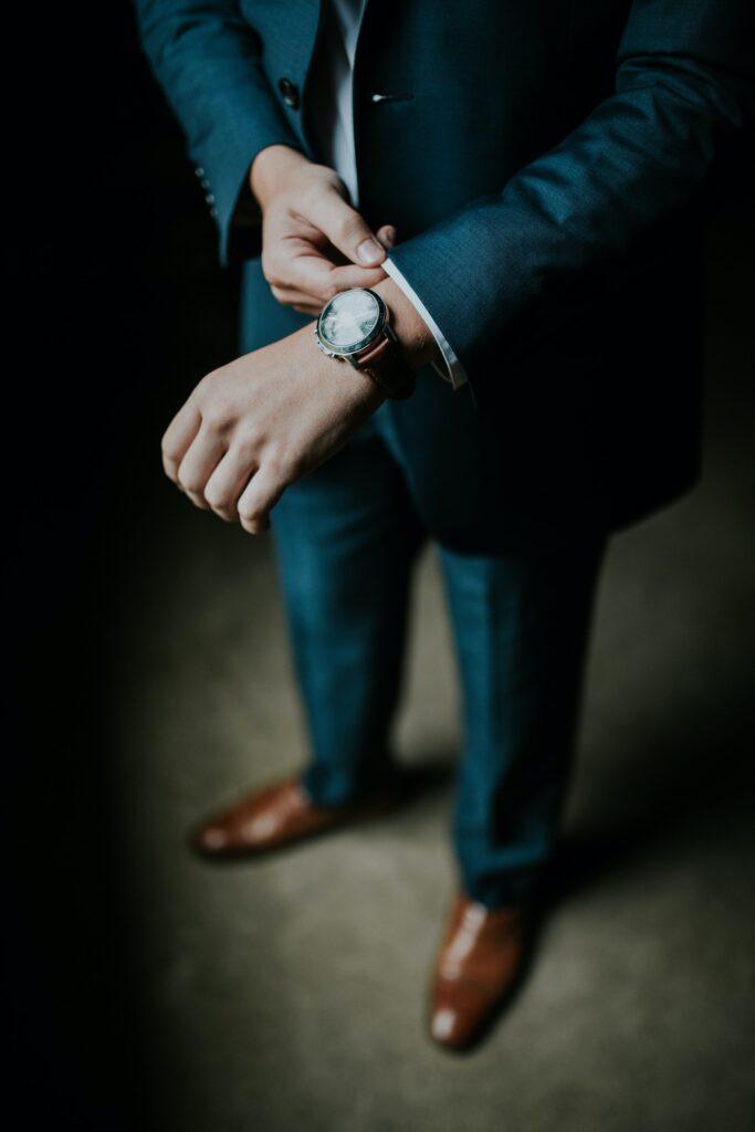 jeremy beadle qnU UR0o5X8 unsplash 683x1024 - 6 Characteristics of a Professional Man