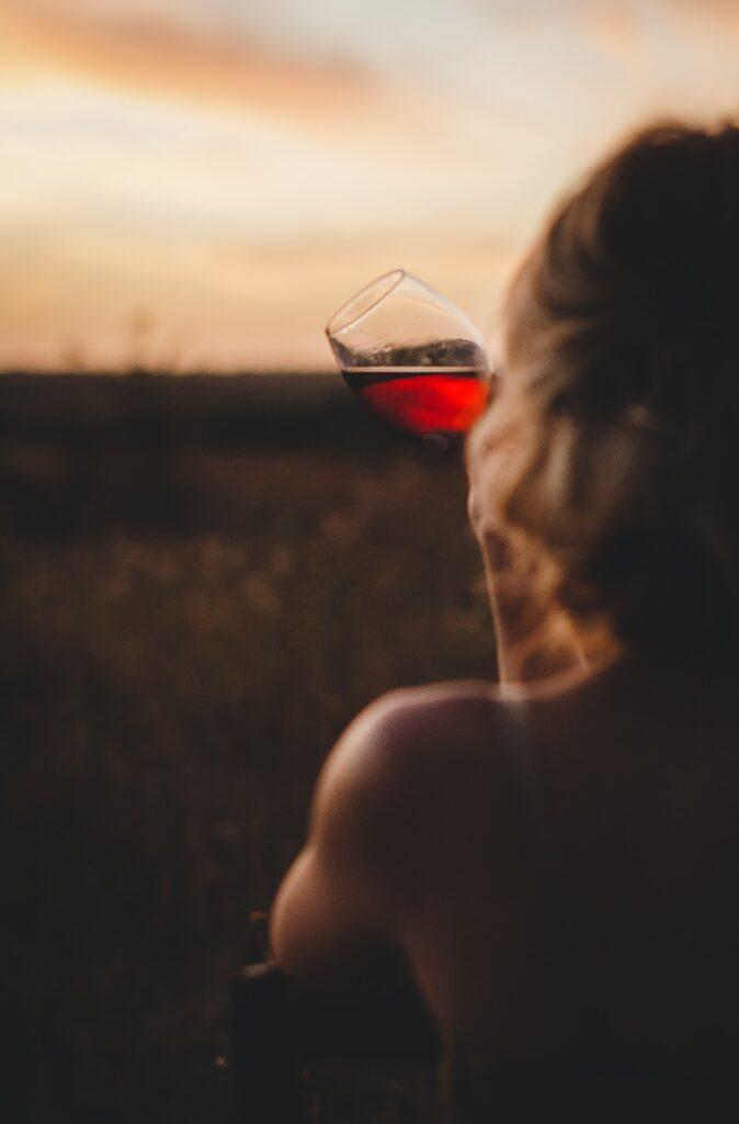 kate hliznitsova KrwKynN1eYo unsplash 674x1024 - What Sets the Best Wine Apart from the Others?
