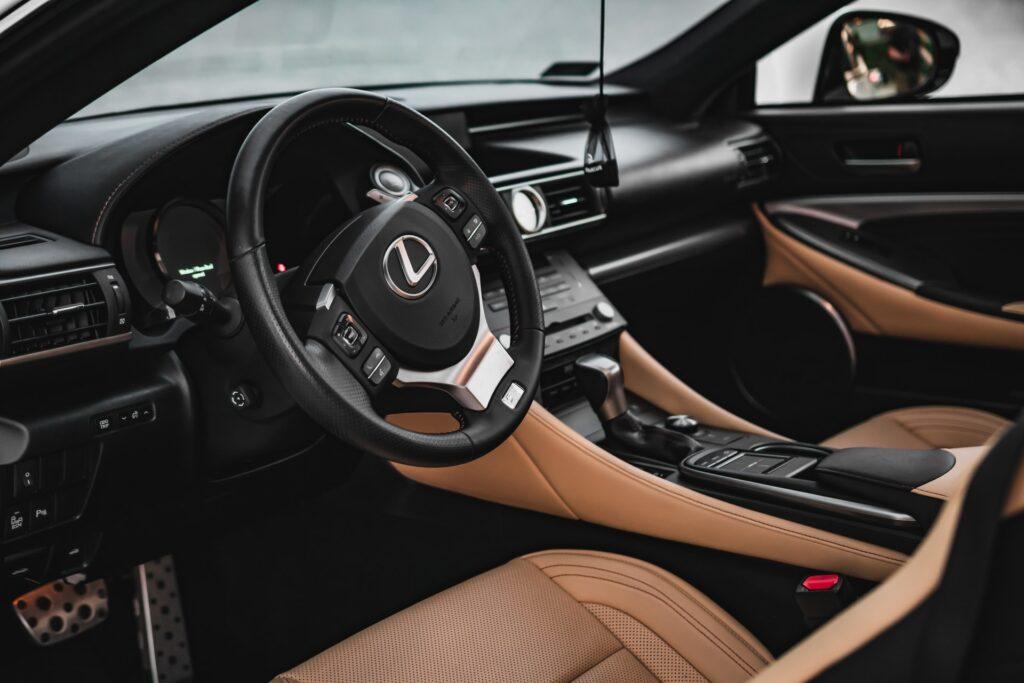 lukasz niescioruk Jy88u4IpIas unsplash 1024x683 - A Buyer's Complete Guide to Purchasing a Second-Hand Lexus