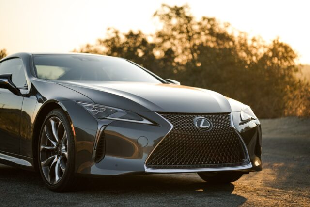 A Buyer's Complete Guide to Purchasing a Second-Hand Lexus