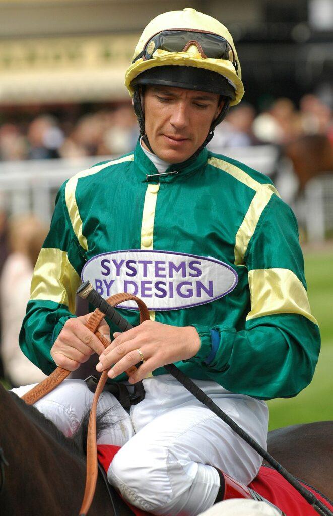 1024px Frankie Dettori 661x1024 - 10 Best Horse Jockeys of All Time