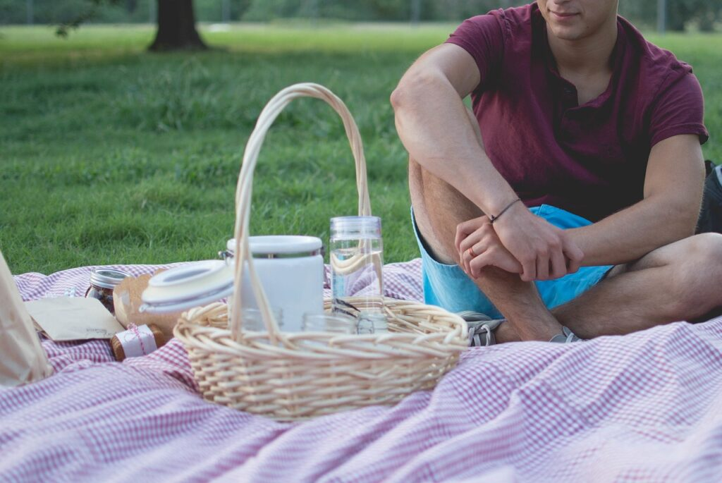 picnic 918754 1280 1024x685 - How to Plan the Perfect Date That Will Sweep Her Off Her Feet