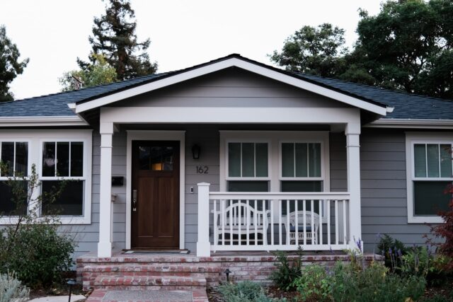 Real Estate 101: A Day in the Life of a Single-Family Home Landlord