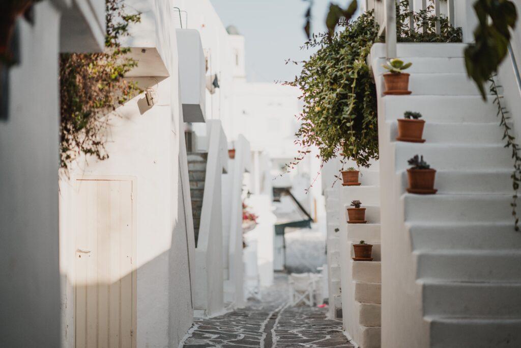 annie spratt DHK2G5qgKGQ unsplash 1024x683 - Best Greek Islands to Visit - Top 5