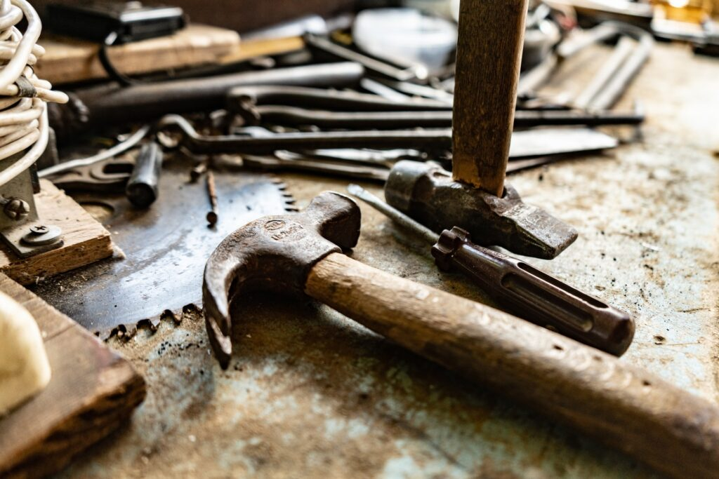 oxana melis v5LPPCkEfp8 unsplash 1024x683 - How to Properly Protect Your Tools While Being on the Road?