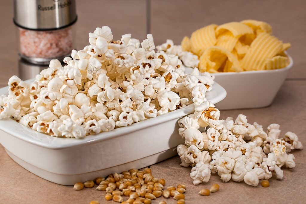 popcorn 731053 1280 1024x682 - 15 Effective Tips to Get More Sleep for Students
