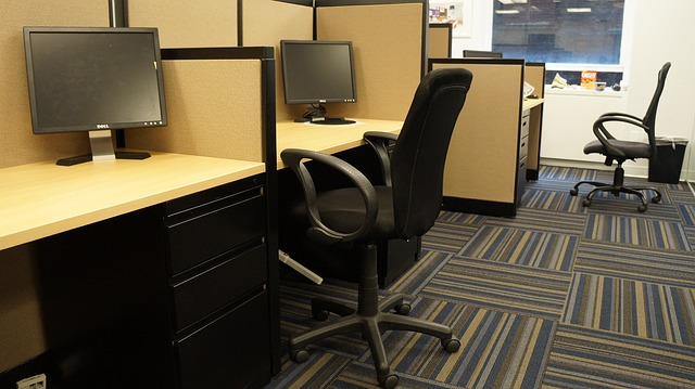 chair 75562 640 - How to Choose the Best Office Furniture?