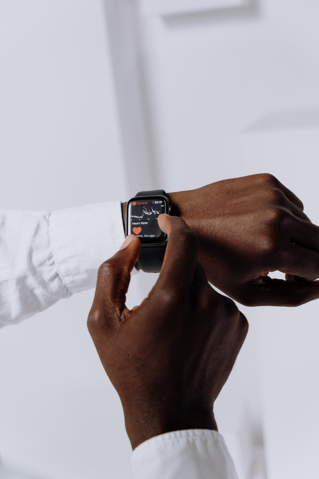 Why Should You Get a Health Watch?